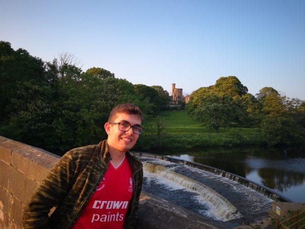 Alejandro comparte su experiencia trabajando en Inglaterra